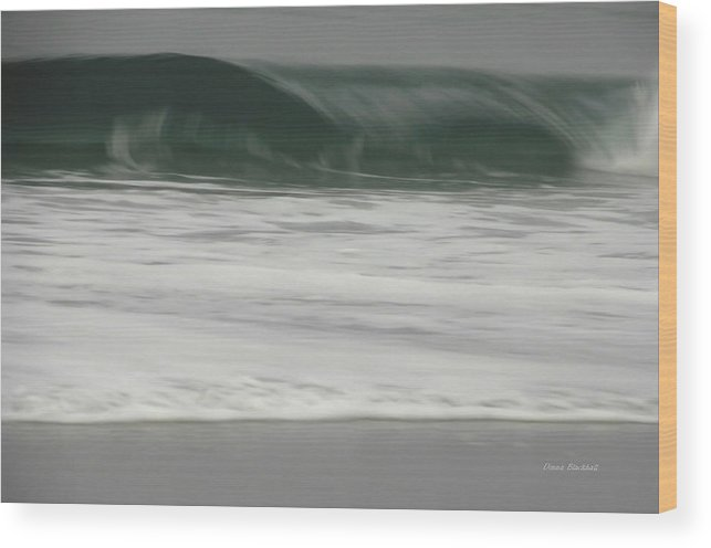Ocean Wood Print featuring the photograph Upper Crest by Donna Blackhall