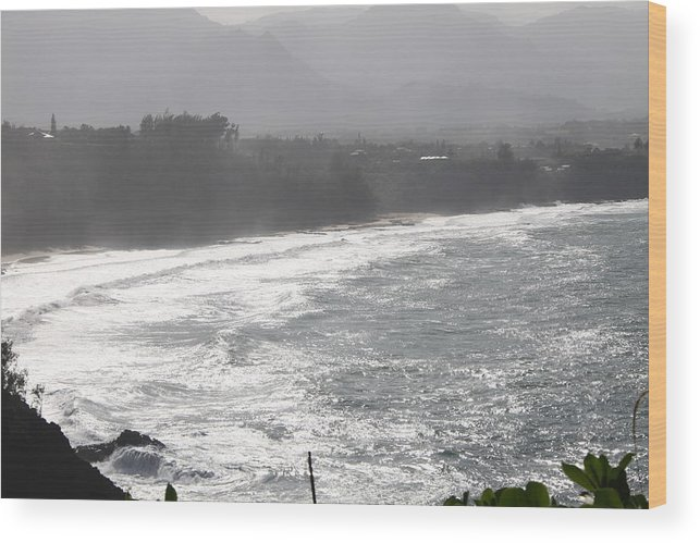 Pacifci Ocean Wood Print featuring the photograph View From Lighthouse by Dick Willis