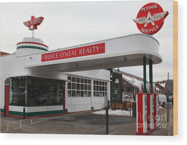 Vintage Flying Service Gas Station Truckee California 5d27452 Wood Print