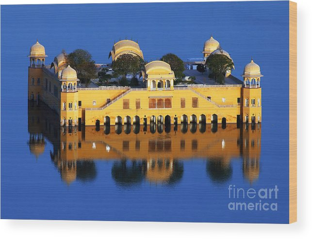 India Wood Print featuring the photograph Water Palace Jal Mahal by Sorin Rechitan
