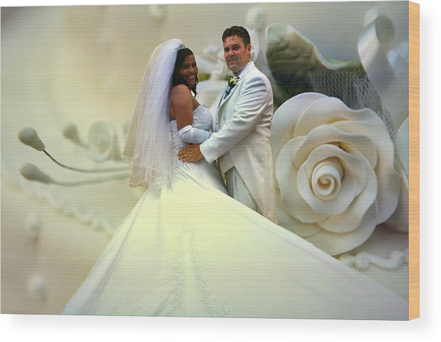 Wedding Wood Print featuring the photograph Wedding Flower by Francisco Colon