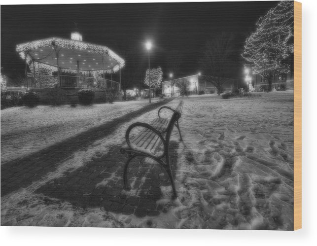 Woodstock Wood Print featuring the photograph Woodstock Square Xmas Eve Nite by Sven Brogren