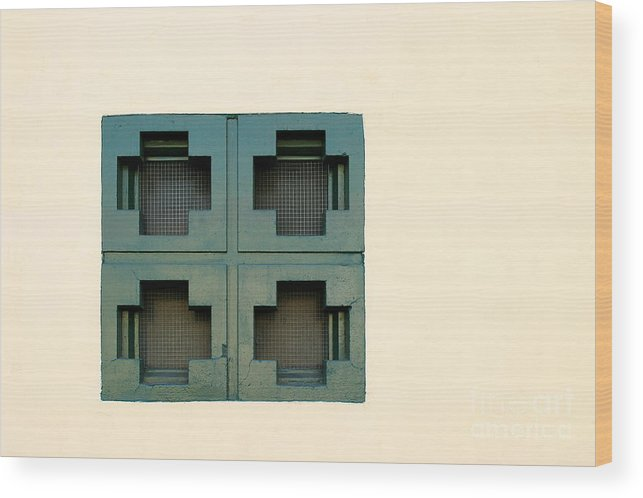 Ventura Wood Print featuring the photograph Windows by Henrik Lehnerer
