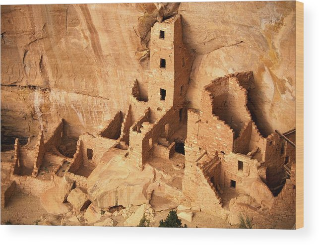 Mesa Verde National Park Wood Print featuring the photograph Ancient Anasazi Indian Cliff Dwellings by Paul Chesley