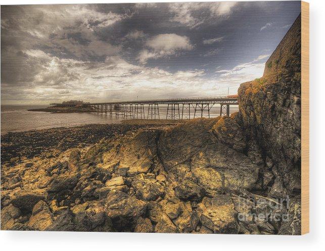 Birnbeck Wood Print featuring the photograph Birnbeck Pier by Rob Hawkins