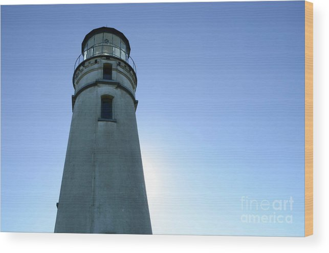 Pacific Ocean Wood Print featuring the photograph Cape Blanco Light 2 by Bob Christopher