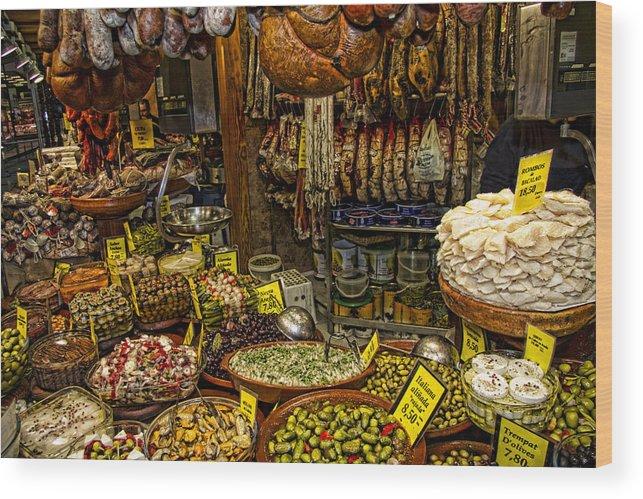 Market Wood Print featuring the photograph Deli In Palma De Mallorca Spain by David Smith