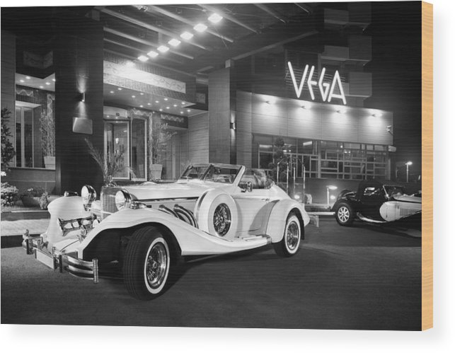 Vintage Wood Print featuring the photograph Excalibur Series Iv Roadster 1 by Matusciac Alexandru