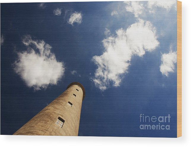 Lighthouse Wood Print featuring the photograph Faro Lighthouse by Rob Hawkins