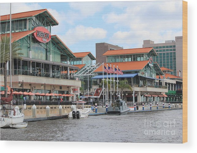 Jacksonville Wood Print featuring the photograph Jacksonville Florida Landing by Rod Andress