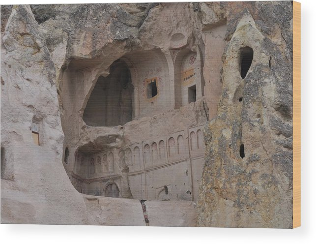 Turkey Wood Print featuring the photograph Kapadokya Caves by Robert M Brown II