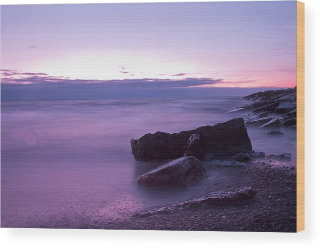 Beach Wood Print featuring the photograph Lilac Beach by Christoffer Rathjen