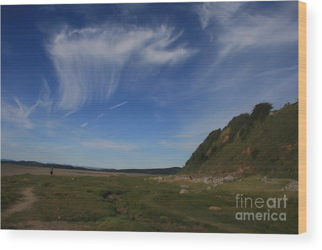 Cirrus Wood Print featuring the photograph Morecambe Bay Cirrus by Andy Mercer