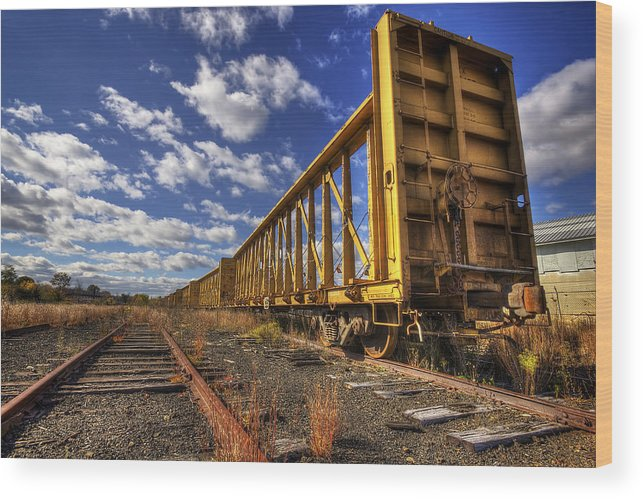 Portsmouth Wood Print featuring the photograph Portsmouth Rail Cars by Eric Gendron