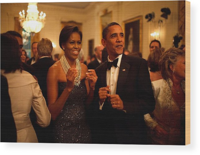 History Wood Print featuring the photograph President And Michelle Obama Applaud by Everett