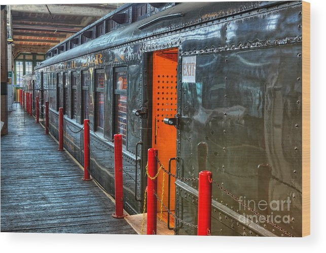 North Carolina Wood Print featuring the photograph Trains - Side Of Rail Car In Round House by Dan Carmichael