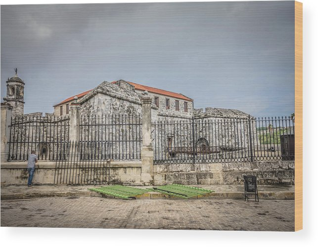 Havana Wood Print featuring the photograph Havana by Bill Howard
