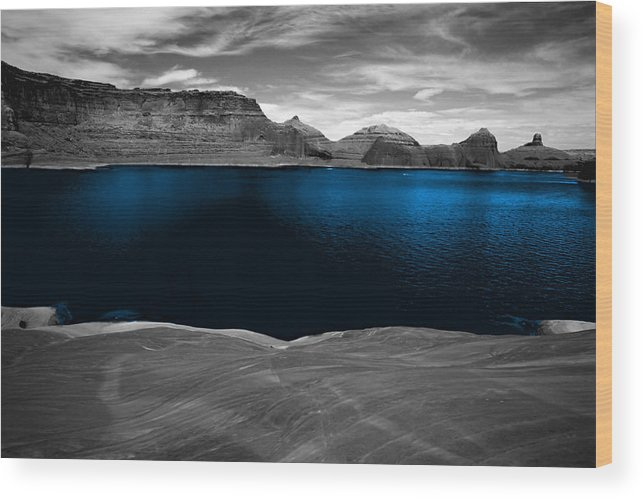 Photography Wood Print featuring the photograph Liquid Blue by Tom Fant