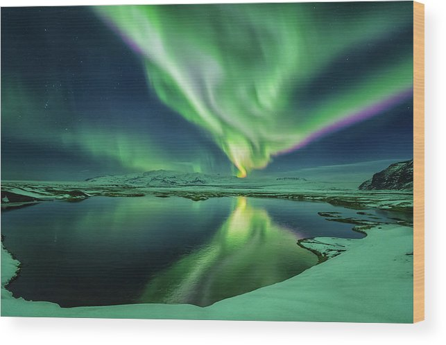 Northern Lights Wood Print featuring the photograph Northern Lights by Bragi Kort