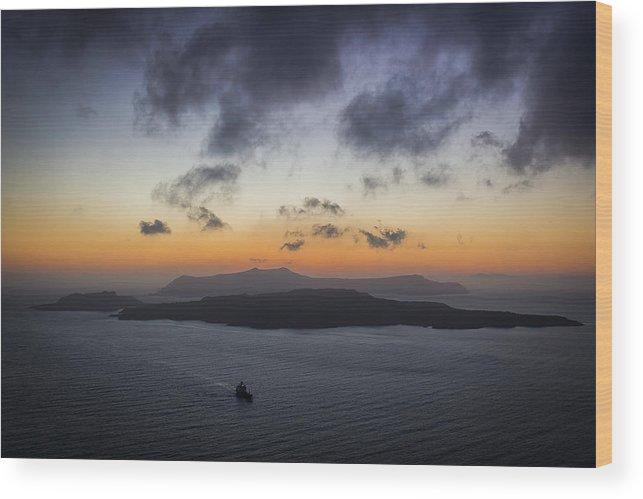 Island Wood Print featuring the photograph Santorini Caldera Sunset by BBrave Photo