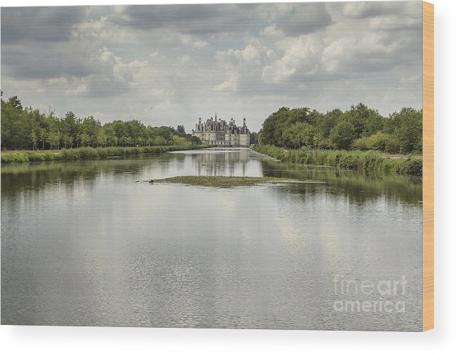 Chateau De Chambord Wood Print featuring the photograph Chambord Castle by Pier Giorgio Mariani