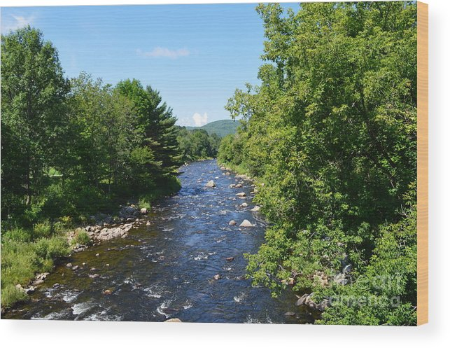 New Hampshire Wood Print featuring the photograph Ammonoosuc River by Meandering Photography