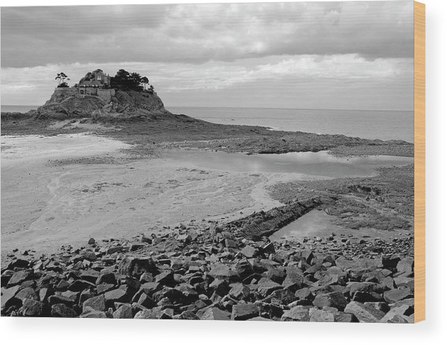 Anse Du Guesclin Wood Print featuring the photograph Beach At Low Tide In Brittany by Sami Sarkis
