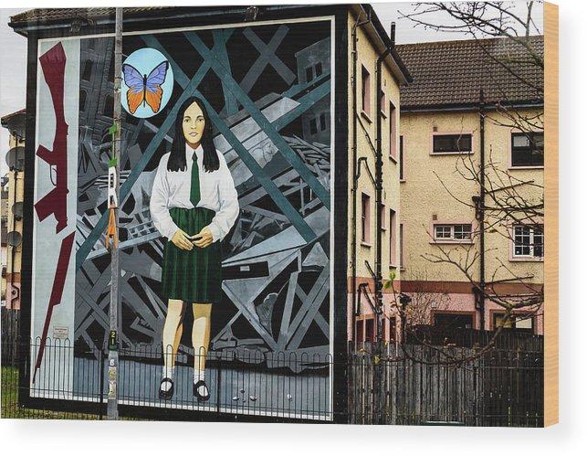 Belfast Wood Print featuring the photograph Belfast Mural - Butterfly - Ireland by Jon Berghoff