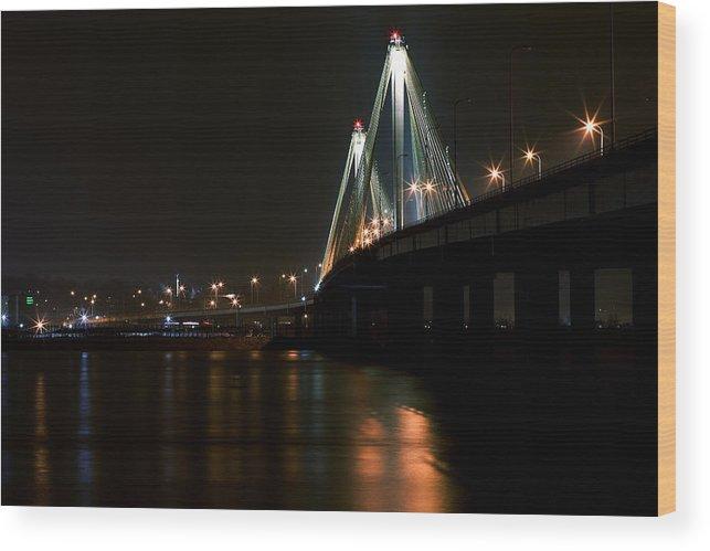 Bridge Wood Print featuring the photograph Bridge Over Mighty Miss by Jerry Berkel