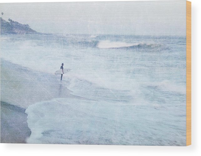 Surfer Wood Print featuring the photograph Checking The Curls by Guy Crittenden