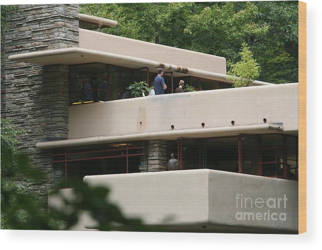 Falling Water Wood Print featuring the photograph Deck View People by Chuck Kuhn