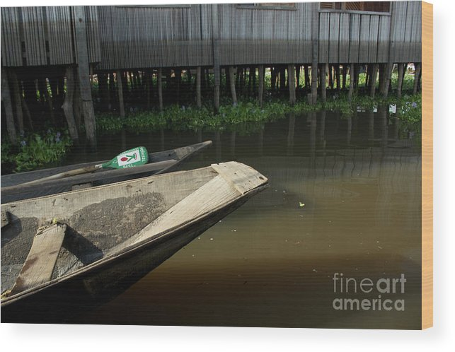Ganvie Wood Print featuring the photograph Dugout Caones by David Shaffer