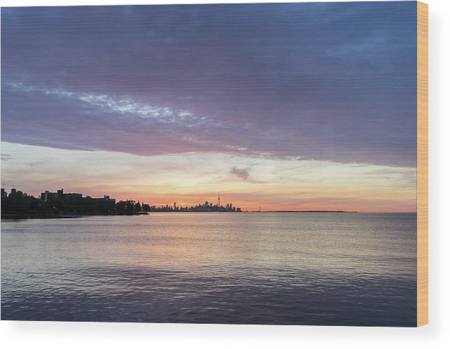 Georgia Mizuleva Wood Print featuring the photograph Every Morning Is Different - Toronto Skyline With An Awesome Cloudbank by Georgia Mizuleva