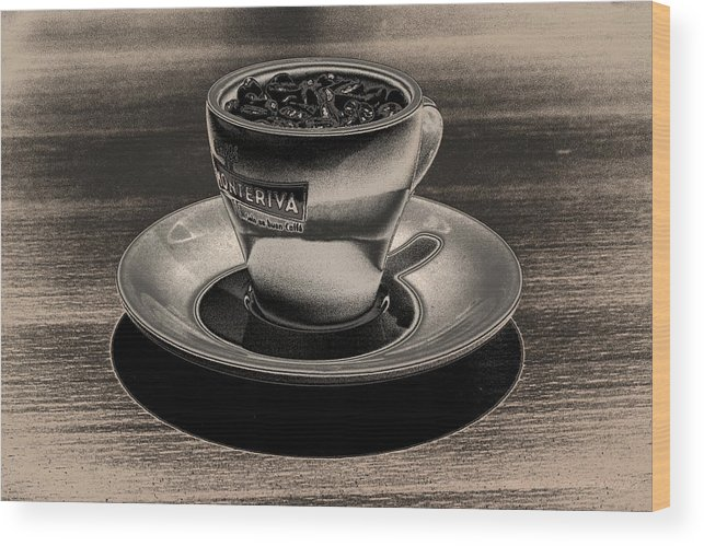 Cafe Wood Print featuring the photograph Expresso.piccolo.argenteo by Robert Litewka