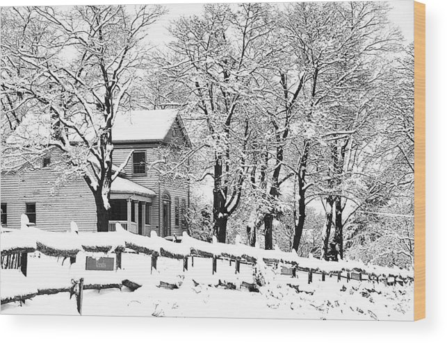 Blizzard Wood Print featuring the photograph Farmhouse In Winter by Roger Soule