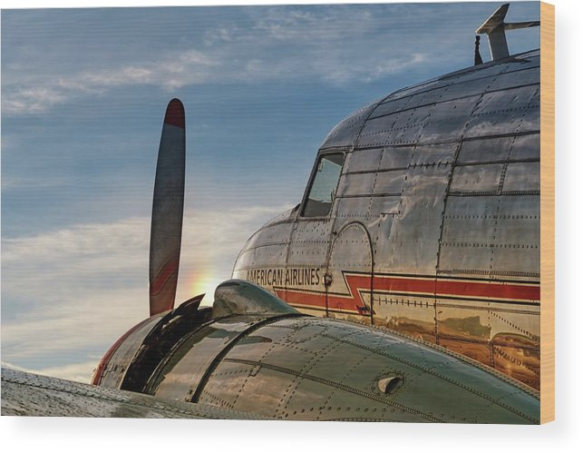 Print Wood Print featuring the photograph Flagship Detroit At Sunrise - 2017 Christopher Buff, Www.aviationbuff.com by Chris Buff
