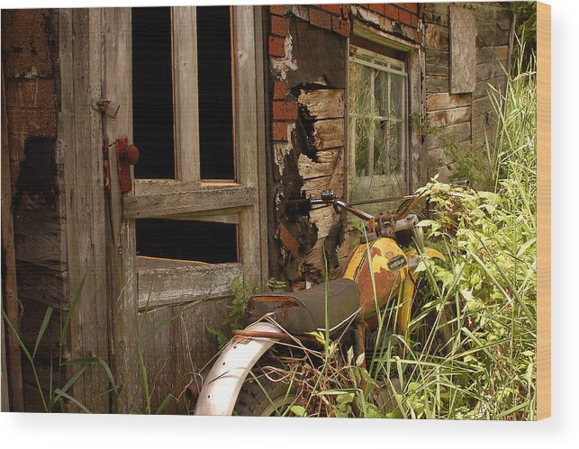 Old Buildings Wood Print featuring the photograph Forgotten by Linda McRae