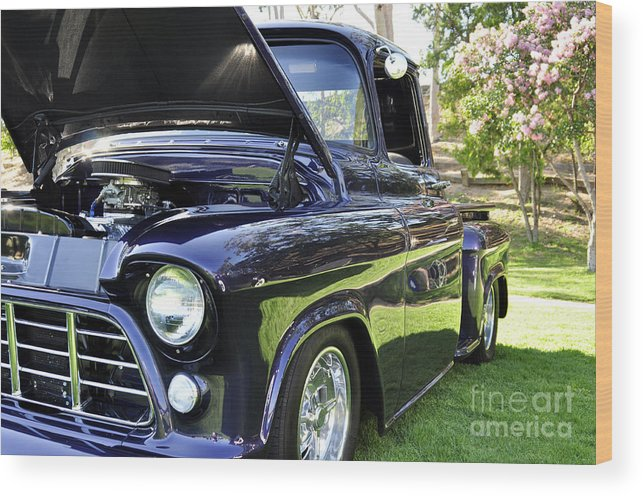 Clay Wood Print featuring the photograph Grape Fully Blown Pickup by Clayton Bruster