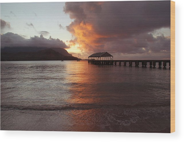 Hanalei Bay Wood Print featuring the photograph Hanalei Sunset by Kelly Wade