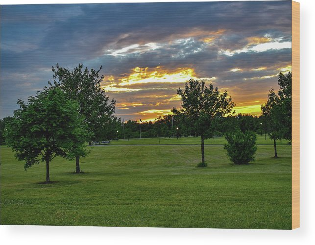 Sunset Wood Print featuring the photograph Heaven Sky by Jean C Rosario
