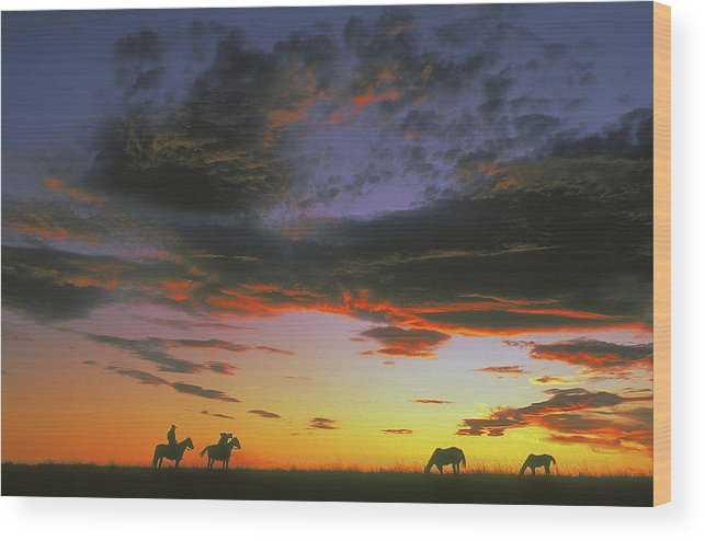 Cowboys Wood Print featuring the photograph Home On The Range by Carl Purcell
