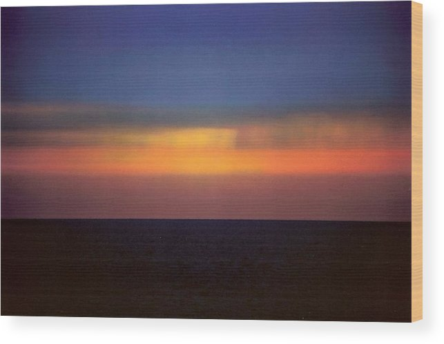 Landscape Wood Print featuring the photograph Horizontal Number 17 by Sandra Gottlieb