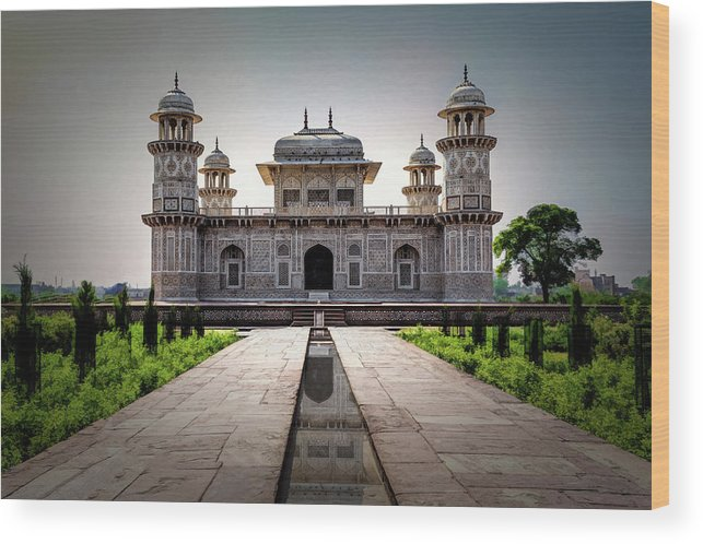 Agra Wood Print featuring the photograph Itmad-ud-daulah Tomb by Maria Coulson