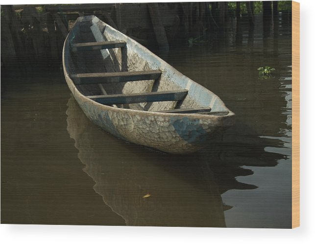 Ganvie Wood Print featuring the photograph Lone Canoe by David Shaffer