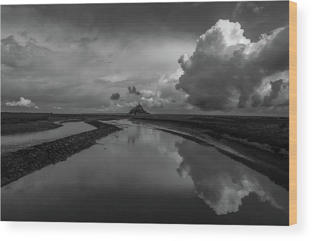 Wood Print featuring the photograph Mont Bw by Marcel Van der Stroom