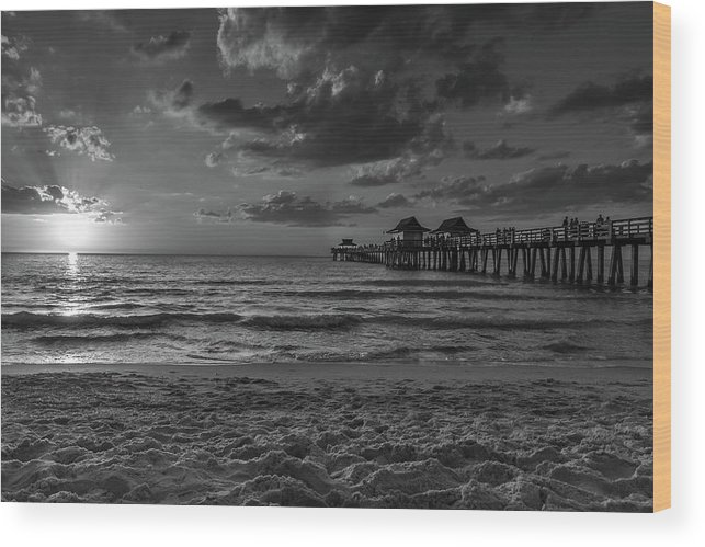 Sunset Wood Print featuring the photograph Naples Pier Bw by Frank Molina