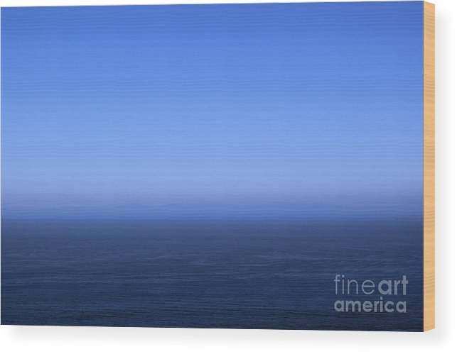 Southern Wood Print featuring the photograph Ocean Blue by Viktor Savchenko