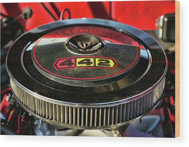 Oldsmobile Wood Print featuring the photograph Olds 442 Air Cleaner by Gordon Dean II