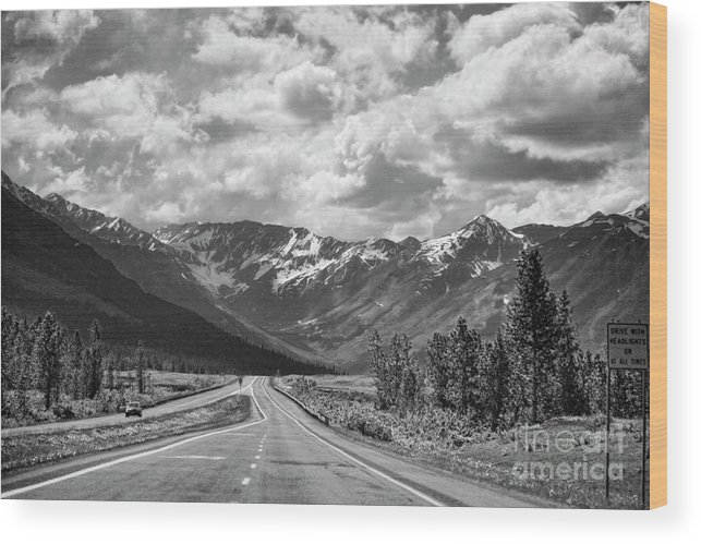 Alaska Wood Print featuring the photograph On The Road Alaska Bw by Chuck Kuhn