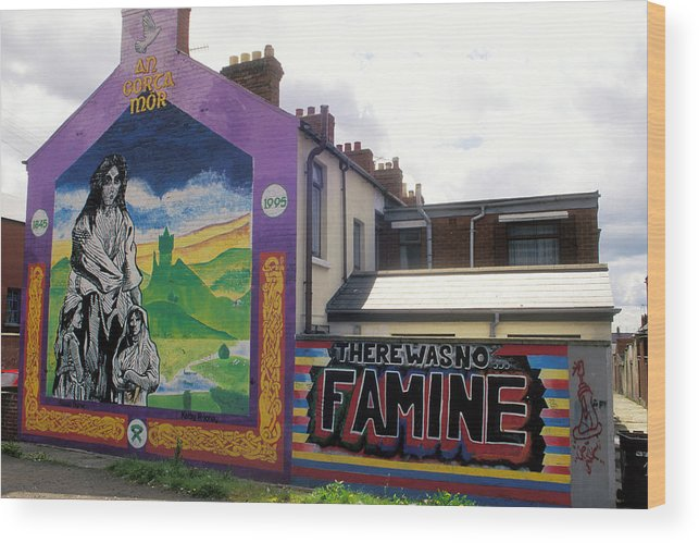 Art; Painting; Mural; Murals; Famine; Death; Pain; Hunger; Starvation; House; Residence; Expression; Wood Print featuring the photograph Once Upon A Famine by Carl Purcell